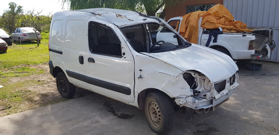 Renault Kangoo Año 2017 Chocada Por Partes