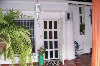 Venta De Oportunidad Casa De127mts2 En Urb.privado Cagua.gbf