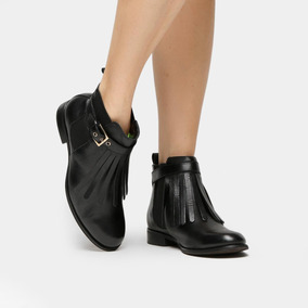 3cc3ef8dfd Bota Couro Cano Curto Shoestock Franjas Feminina