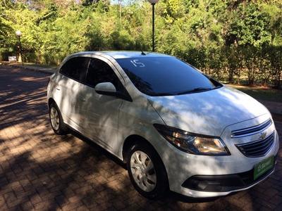 Chevrolet Gm Onix Lt 1.4 Branco 2015