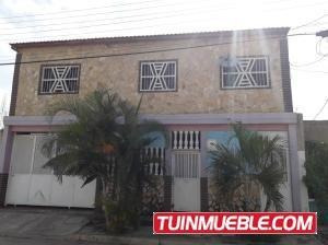 Casa En Venta Tesoro Del Indio Valencia 19-13600 Gz