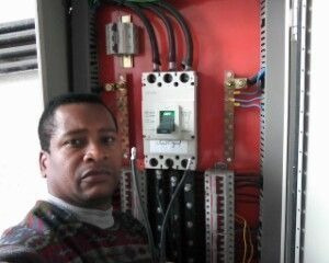 Imagem 1 de 5 de Eletricista Técnico