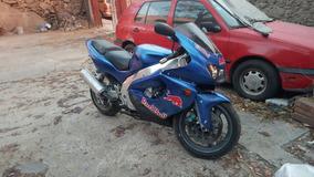 Yamaha R1 1997