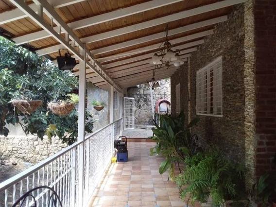 Casa En Venta Urb El Castaño Maracay Aragua Mj 20-10133