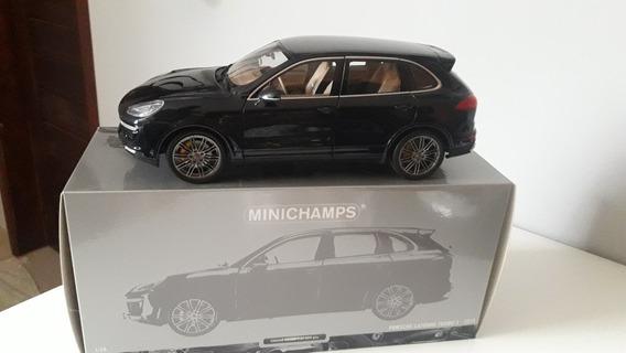 Porsche Cayenne Turbo S 2014 Minichamps 1:18 Azul Metalico