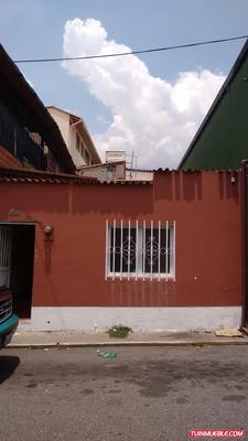 Casas En Venta, La Parroquia, Mérida