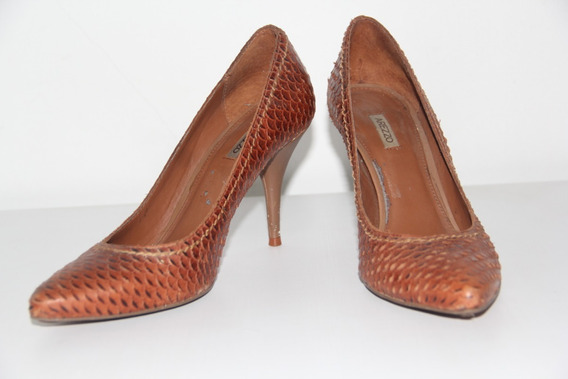 Sapato Arrezo Marrom Scarpin