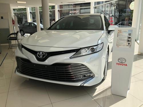Toyota Camry V6 At  2019