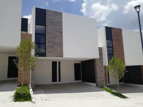 Casa En Renta En Zibatá Privada Massaro Querétaro