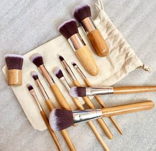11 Pcs. Brochas Maquillaje Profesional Bambú
