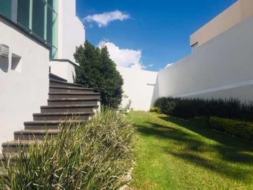 Residencia En Venta En Privada Residencial Del Parque