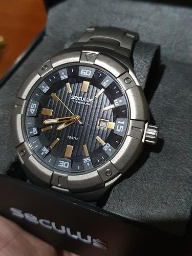 Relógio Seculus Titanium Pouco Usado