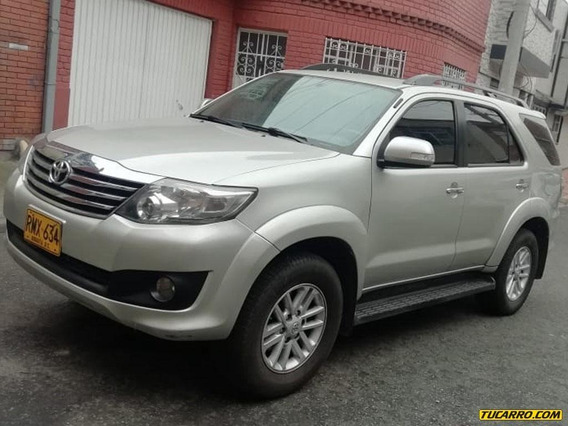 Toyota Fortuner 4x2 At Fe