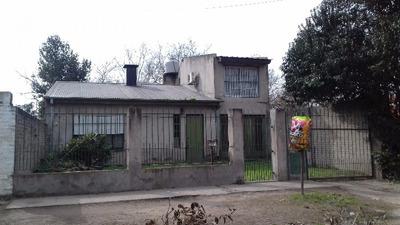 Casa Con 4 Dormitorios En Barrio Villa Zapiola