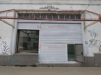 Local Sobre Avda Belgrano Al 2600 En Sarandí Avellaneda
