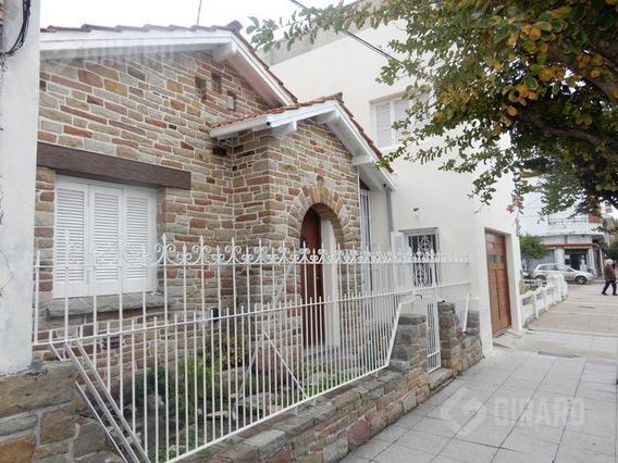 Casa En Alquiler 24 Meses, Zona Guemes.