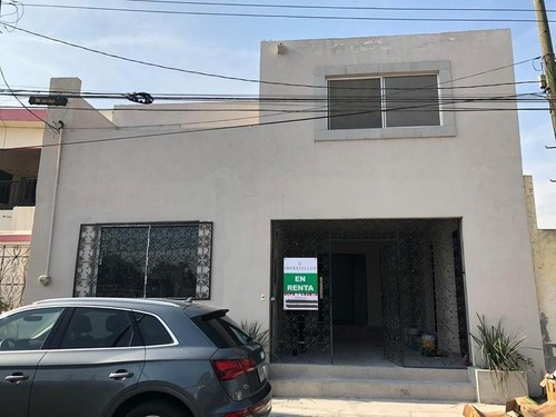 Venta De Casa Los Cedros Zona Cumbres Monterrey