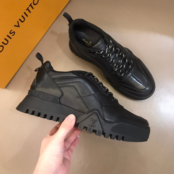 Tênis Louis Vuitton Lv Hiking Sneaker 18