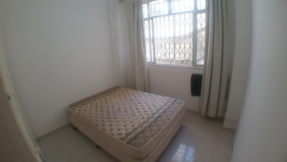 Kitnet Com 1 Quarto Para Alugar, 28 M² - Leme - Rio De Janeiro/rj - Kn0007