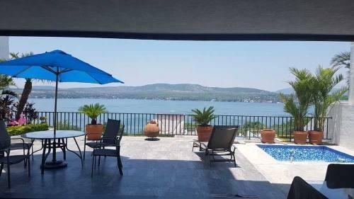 Casa En Venta Con Vista Al Lago En Tequesquitengo Morelos