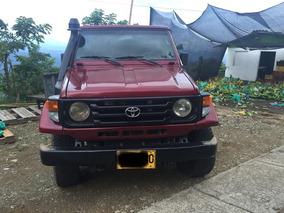 Toyota Land Cruiser Estacas Diesel