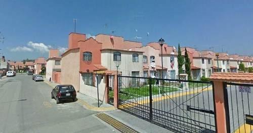 Remate - Casa En Condominio Residencial En Venta En Fraccionamiento Cofradía De San Miguel, Cuautitlán Izcalli, Estado De México - Aut1313