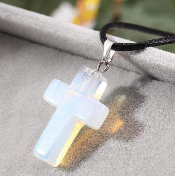 Colar Crucifixo Cruz Pedra De Quartzo Natural Frete Barato
