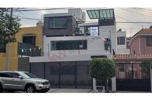 Nueva, Moderna Y Funcional Casa Jardines De San Mateo, Naucalpan