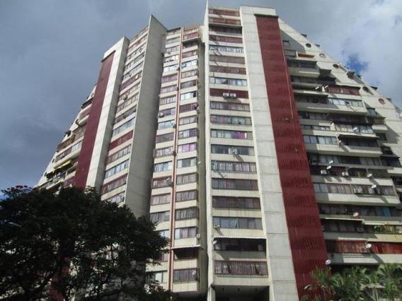 Apartamento En Venta Eg Mls #19-19174