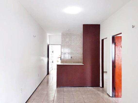 Aluguel Casa Em Condomínio Fechado, Próximo Castelão