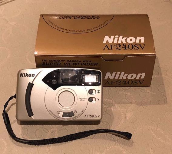 Maquina Fotográfica Nikon Antiga Na Caixa