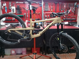 Bicicleta Santa Cruz Nomad