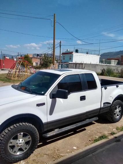 Camioneta Ford Lobo Cabina Y Media