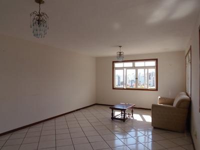Casa Para Alugar No Centro - A01792
