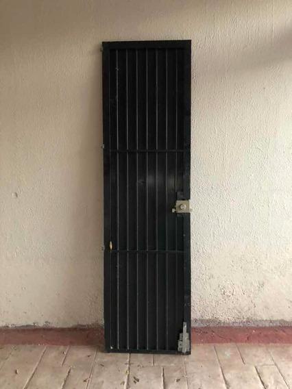 Puerta De Herrería En Guadalajara