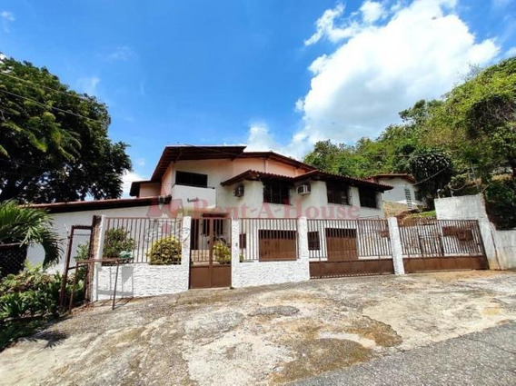 Casa En El Castaño De 03 Niveles Con Anexo Hjl 20-19321