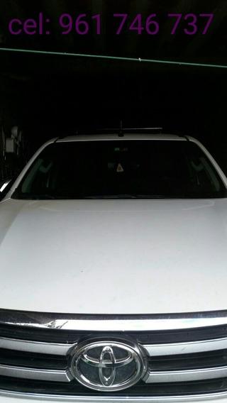 Toyota Hilux Revo 4x2