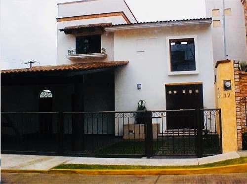 Venta De Casa En Fraccionamiento En Cordoba, Veracruz