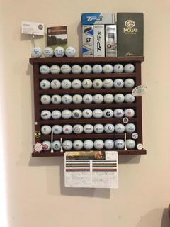 Repisa Con Bolas De Golf Incluidas