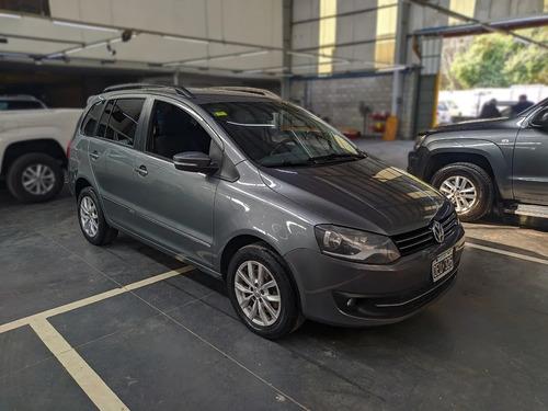 Imagen 1 de 14 de Volkswagen Suran 1.6 Imotion Highline 110cv