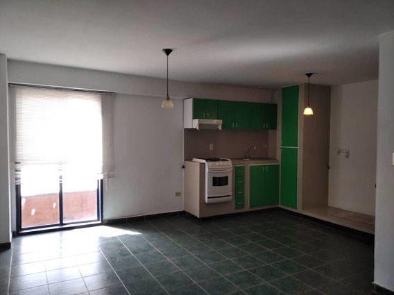 Apartamento Para Alquiler En San Jacinto 04265330810
