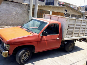 Nissan Pick-up Estaquitas Modelo 86