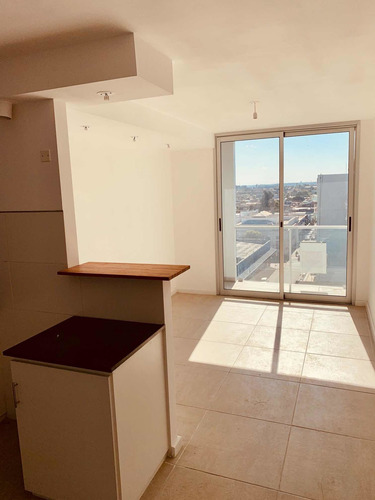 Apartamento A Estrenar -2 Dorm-edificio Con Piscina/parrilla