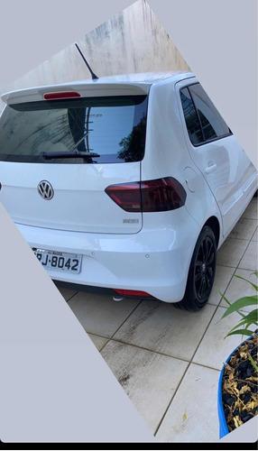 Imagem 1 de 8 de Volkswagen Fox 2015 1.6 Comfortline Total Flex 5p