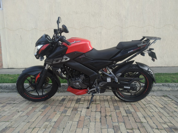 Bajaj Ns-200