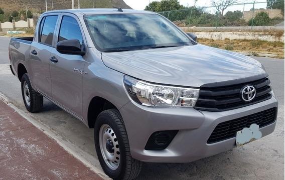 Toyota Hilux 2.7 Cabina Doble Base Mt 2019