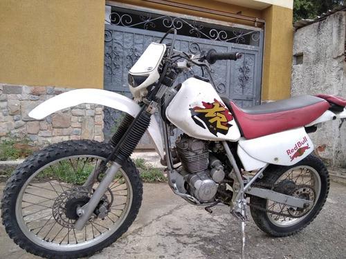 Imagen 1 de 6 de Moto Honda Modelo Xr
