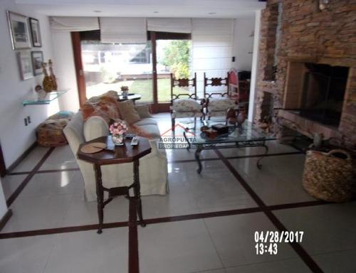 Casa En Mansa, 3 Dormitorios *- Ref: 4088