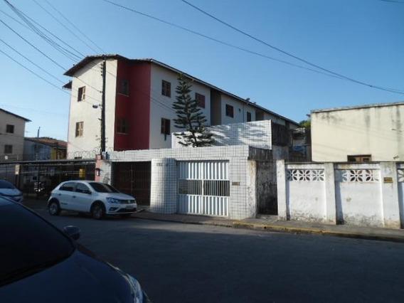 Casa Residencial À Venda, Montese, Fortaleza. - Ca1214
