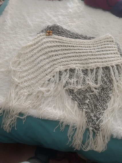 Poncho Mujer Lana Con Boton Madera Sweaters Poulovers
